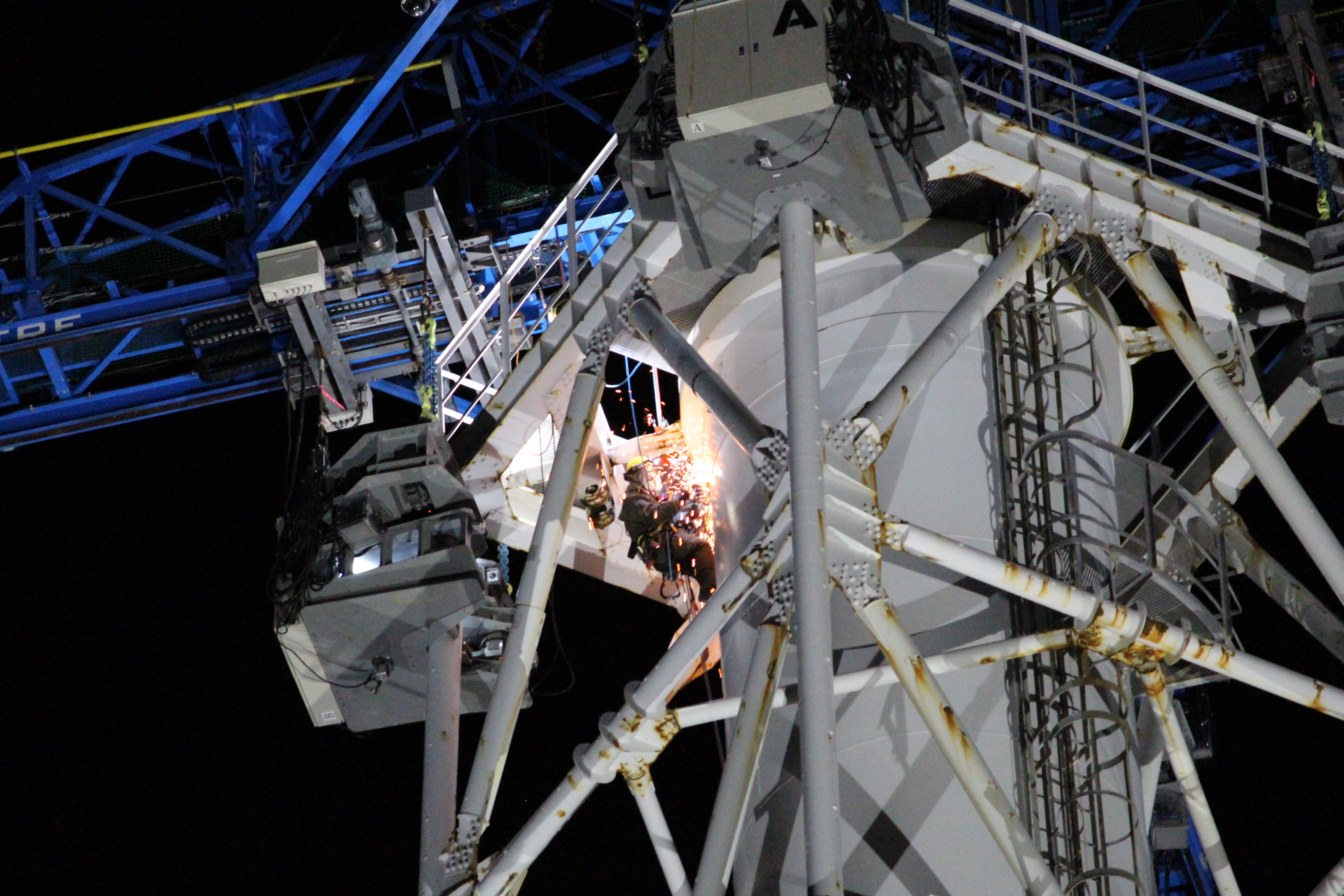 Dismantling of the Unit 1/2 exhaust stack at the Fukushima Daiichi Nuclear Power Station (work on December 3)
